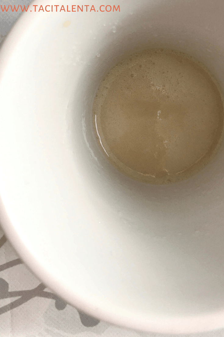 Bebida con colágeno gelatina en el microondas