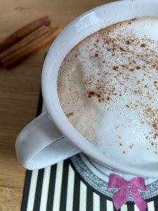Pumpkin spice latte casero sin café