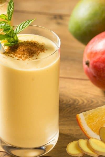 Lassi de mango, jengibre y naranja
